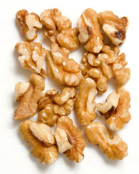 Грецкий орех очищенный (четвертинки) купить в Абакане