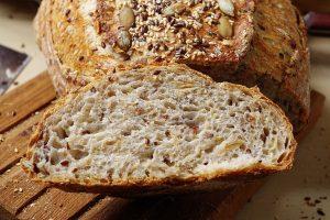 Новинка от компании ПУРАТОС – хлебопекарная смесь из цельнозерновой муки «Пуравита Леди».